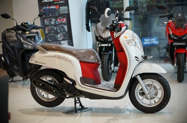 honda-scoopy-trang-do